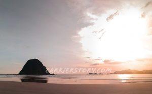 Wisata Pantai Pulau Merah Banyuwangi